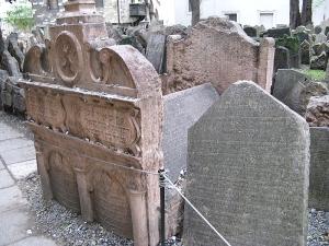 Tombe du Maharal de Pargue- cimetière de Prague