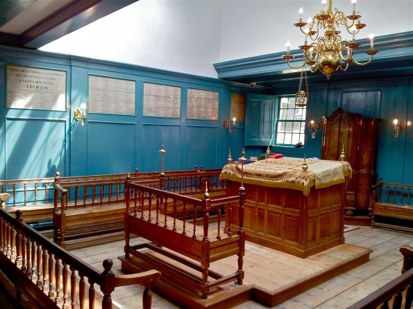 Amsterdam la juive : La Grande synagogue portuguaise, Esnoga