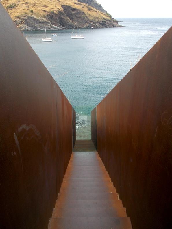 Porbou-WalterBenjamin memorial-2.