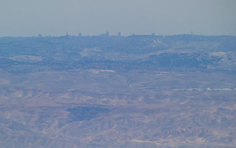 Jérusalem vue du Mont Nébo