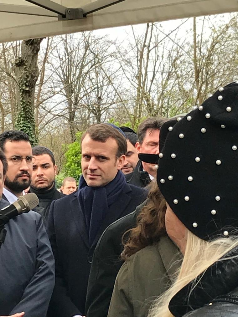 Macron 1